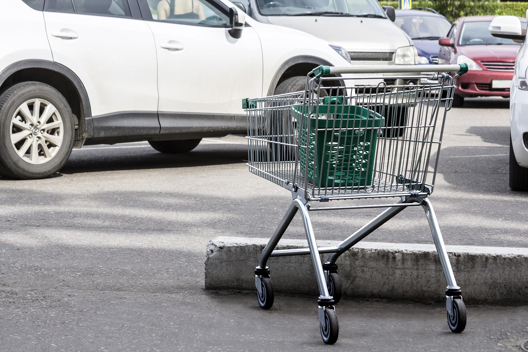 KFZ-Schaden durch Einkaufswagen verursacht – Was nun?